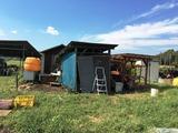 (1)農具・肥料小屋