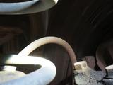 フロント左ブレーキチューブのひび割れ