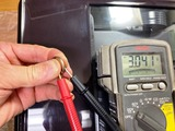 (16-2)ボタン電池 CR2032の電圧