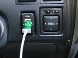(13)USBケーブルとの接続