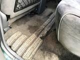 (5)リアのフロアーカーペット