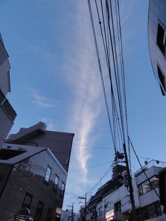 下北沢、綾瀬の空