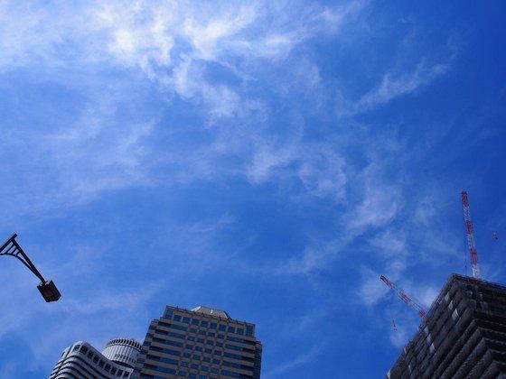 赤坂見附の空