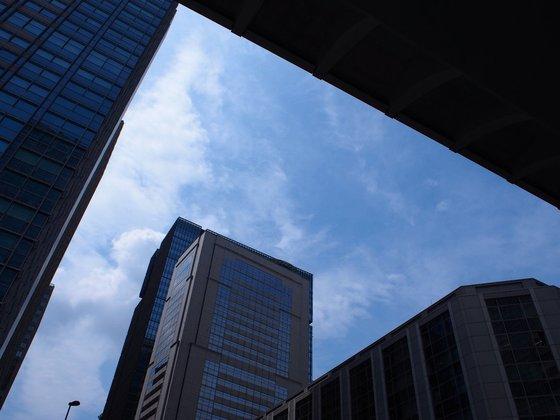日本橋の空