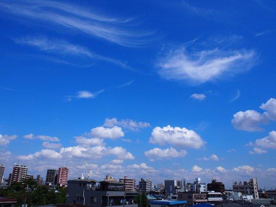 綾瀬、天王洲の空