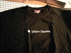 Apple Store Union Square T��s