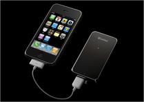 iPhone 3G用充電・ワンセグチューナー「TV&バッテリー」02