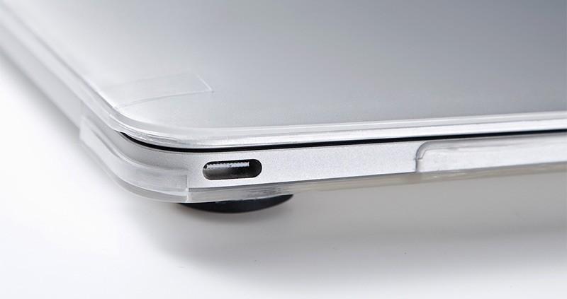 200-IN044CL_06-USB-C