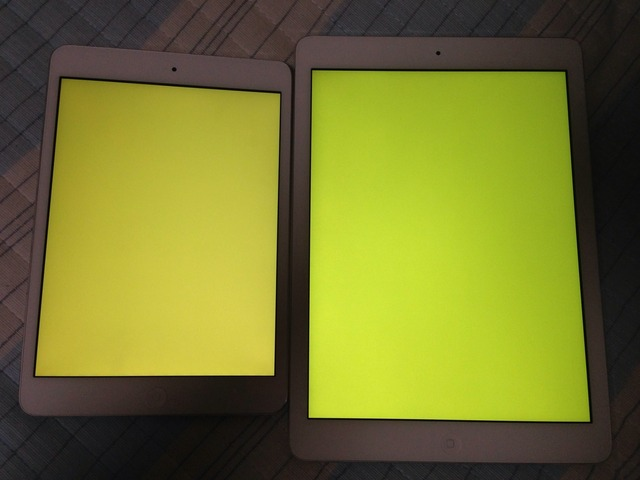 3-iPad-mini-Retina-vs-iPad-Air-Yellow