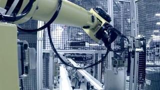 9-MacProの冷却塔を仕上げるGuysonのロボット1