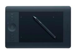 ワコム Intuos Pro プロフェッショナルペンタブレット Sサイズ PTH-451/K1