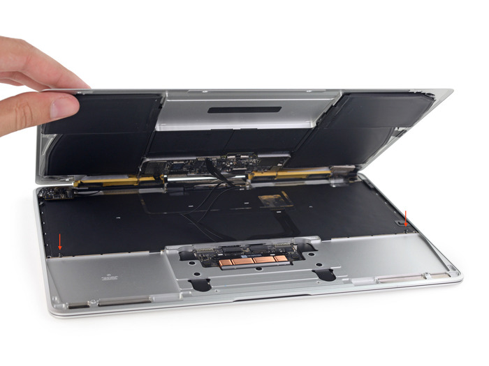 New-MacBook-Bottom-Case-Battery-and-Board