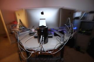 MacPro-Late2013-Setup-Back-img5-2