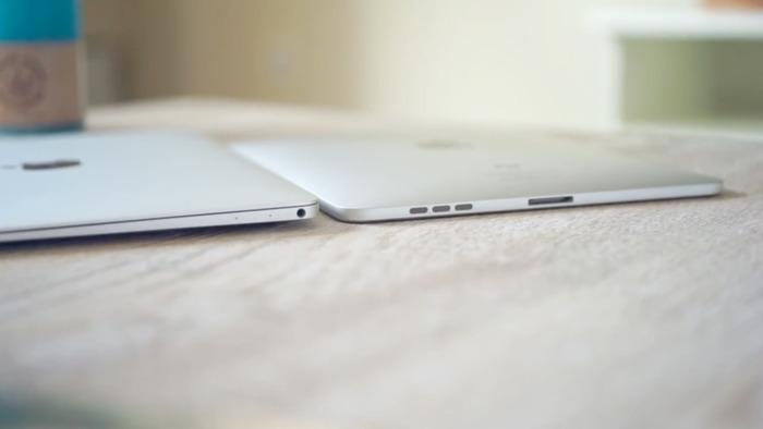 12inch-MacBook-Retinaは初代iPadと比べても薄い2
