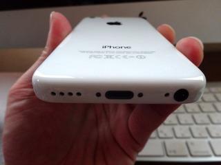 iPhone 5c ホワイトとiMac-5
