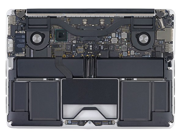 MacBook Pro Retinaの背面