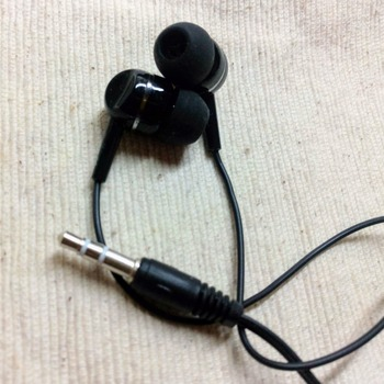 lawson100_earphone_teion(2)