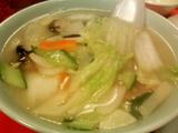 黄鶴楼-素菜湯麺(やさいそば)