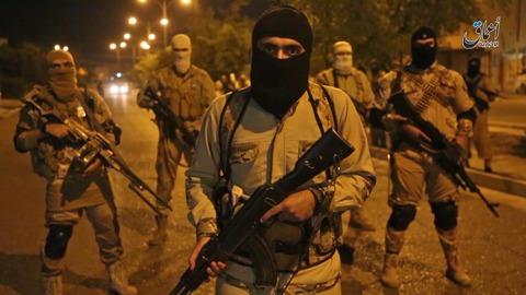 夜間モスルでIS戦闘員が米国にメッセージ