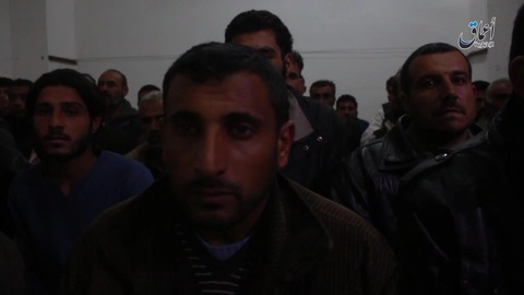 捕虜となったアサド独裁政権の兵士たち