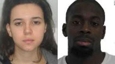 アヤト・ブメディエン容疑者(左)とアムディ・クリバリ容疑者