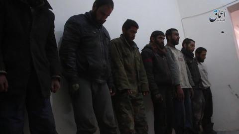 イスラム国の捕虜となったアサド独裁政権の兵士たち