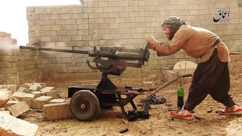 IS戦闘員がクルド人部隊の車両を攻撃