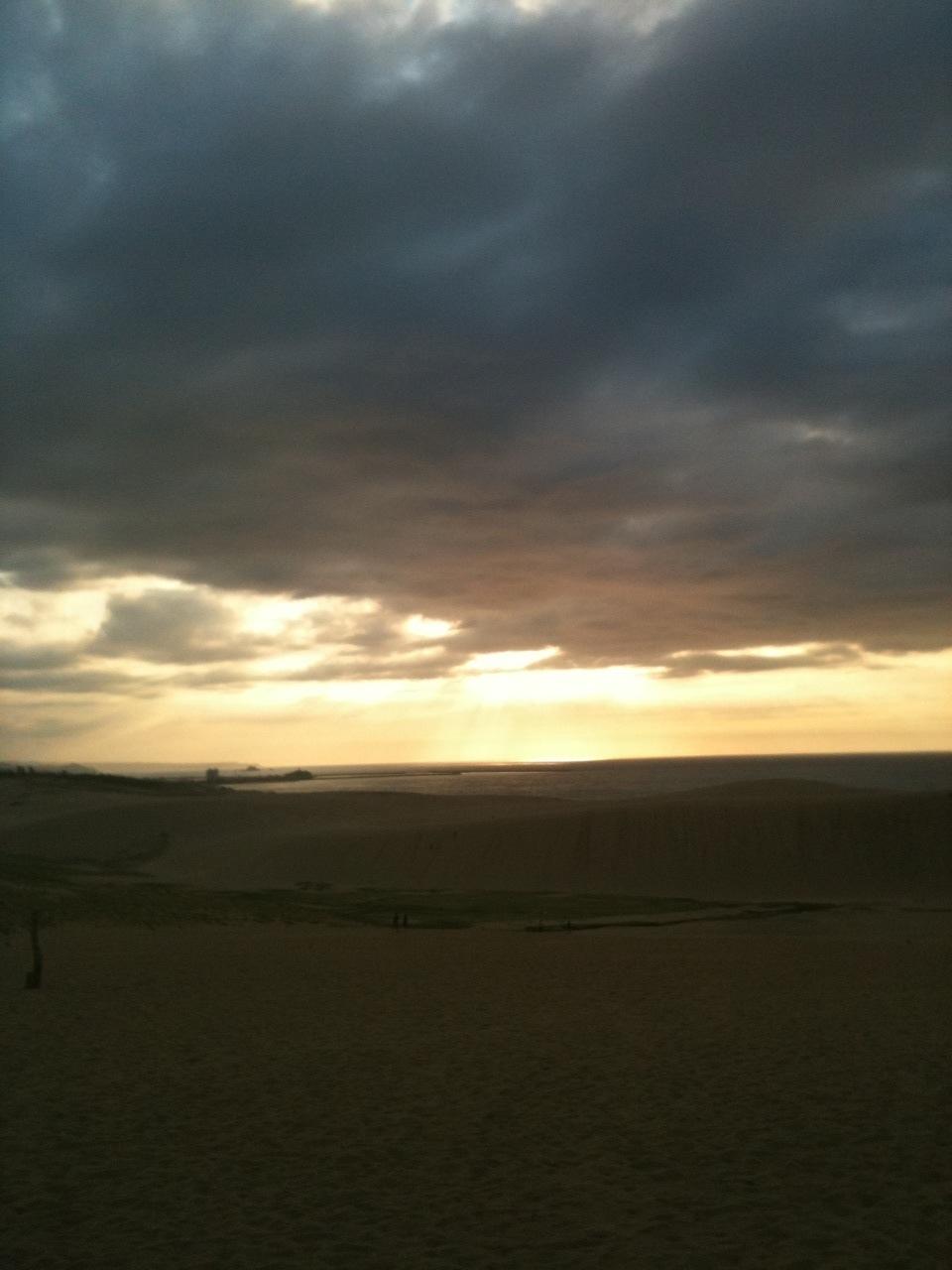 砂丘の夕陽