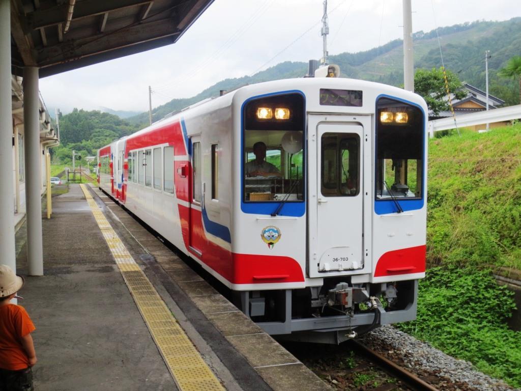 今回の巡検では三陸鉄道にも乗ってきました。震災で三陸地方の鉄道はどの路線も大きな被害を受けました