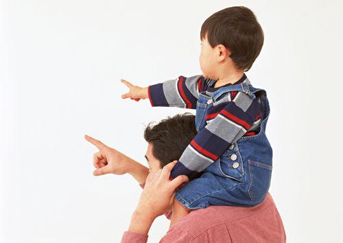 父「実はな…お前と母は血が繋がってないんだ…」俺(知ってた)父「俺とも血が繋がってないんだ…」俺「え?は?え??…