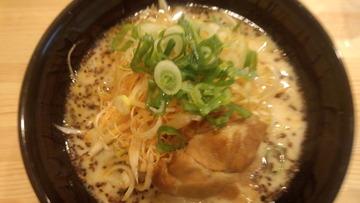 豚吉ラーメン (1)