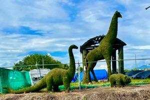 田園風景(山形市中沼)恐竜