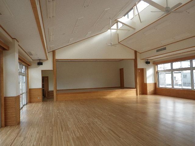 1遊戯室ステージ
