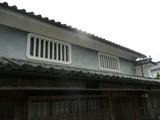 土格子の窓