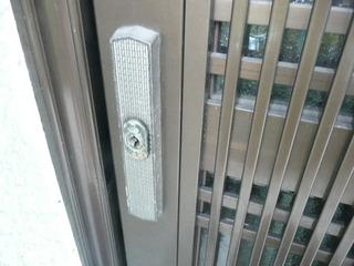 玄関引戸錠