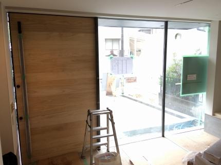 堺三国ヶ丘の家のドア