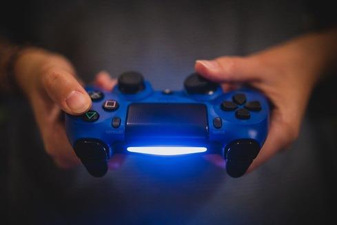 最近のゲーム、新品価格が少し高いと思うのはワイだけか…?