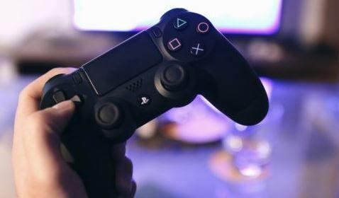 【朗報】PS4のデジタルダウンロード比率は74%だと判明!PS Plus会員は4500万人にまで到達