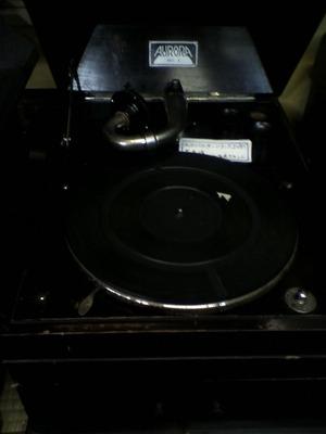 蓄音機−歌志内大正館�