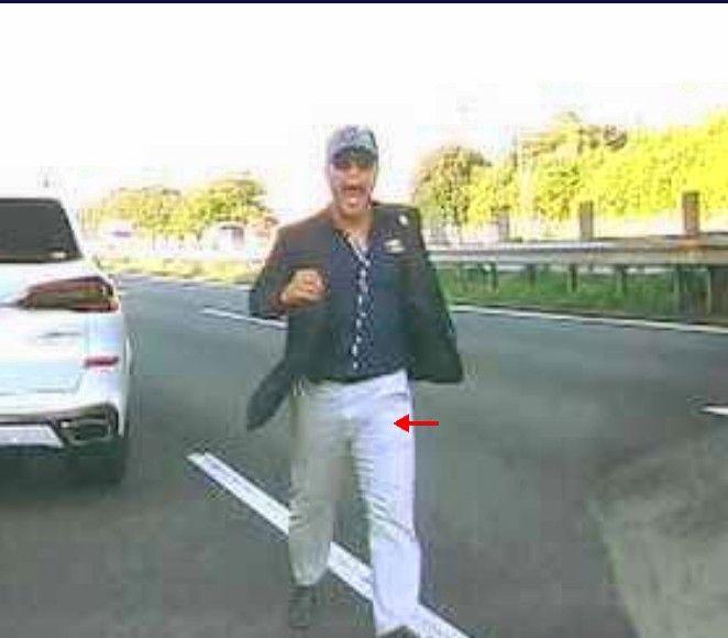 遂に逮捕された宮崎容疑者、逮捕時に何度も「キモトサン」と叫び警察と揉み合いへ #煽り運転&暴行犯
