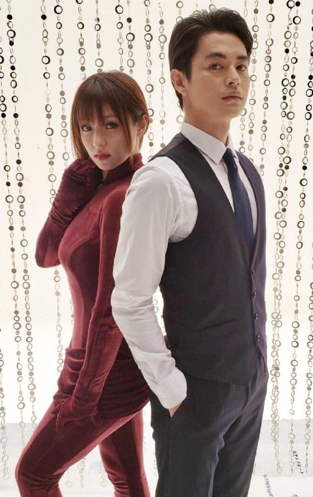 深田恭子、「ルパンの娘」ボディ密着ピタピタ衣装に「フジドラマを救う!」喝采