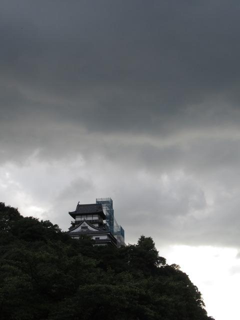 落雷後の犬山城を見に行く