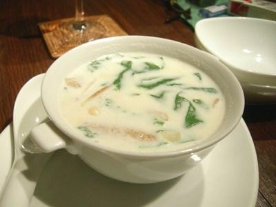豚肺の杏仁スープ