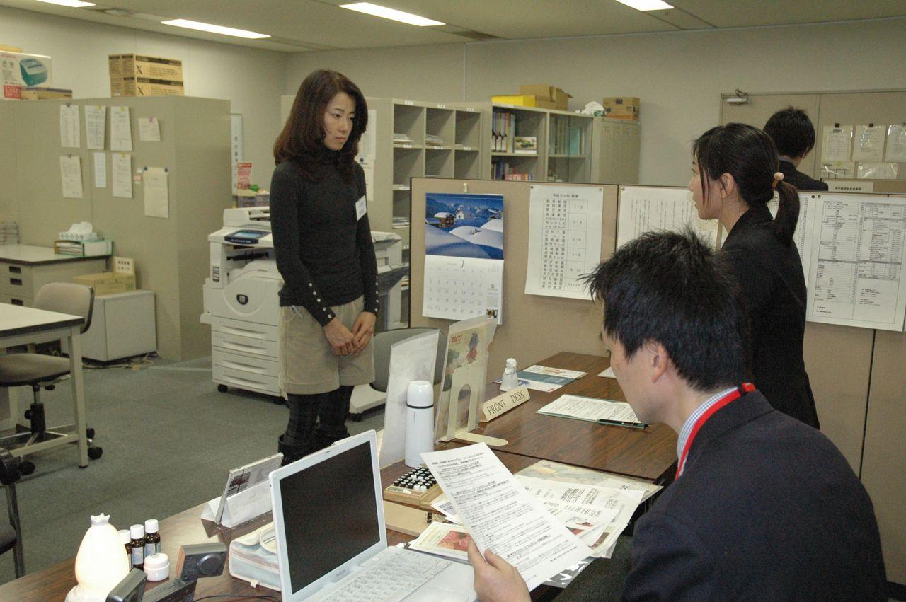 神戸アロマテラピー協会:プレスリリース2011-1-20-小芝居女優編