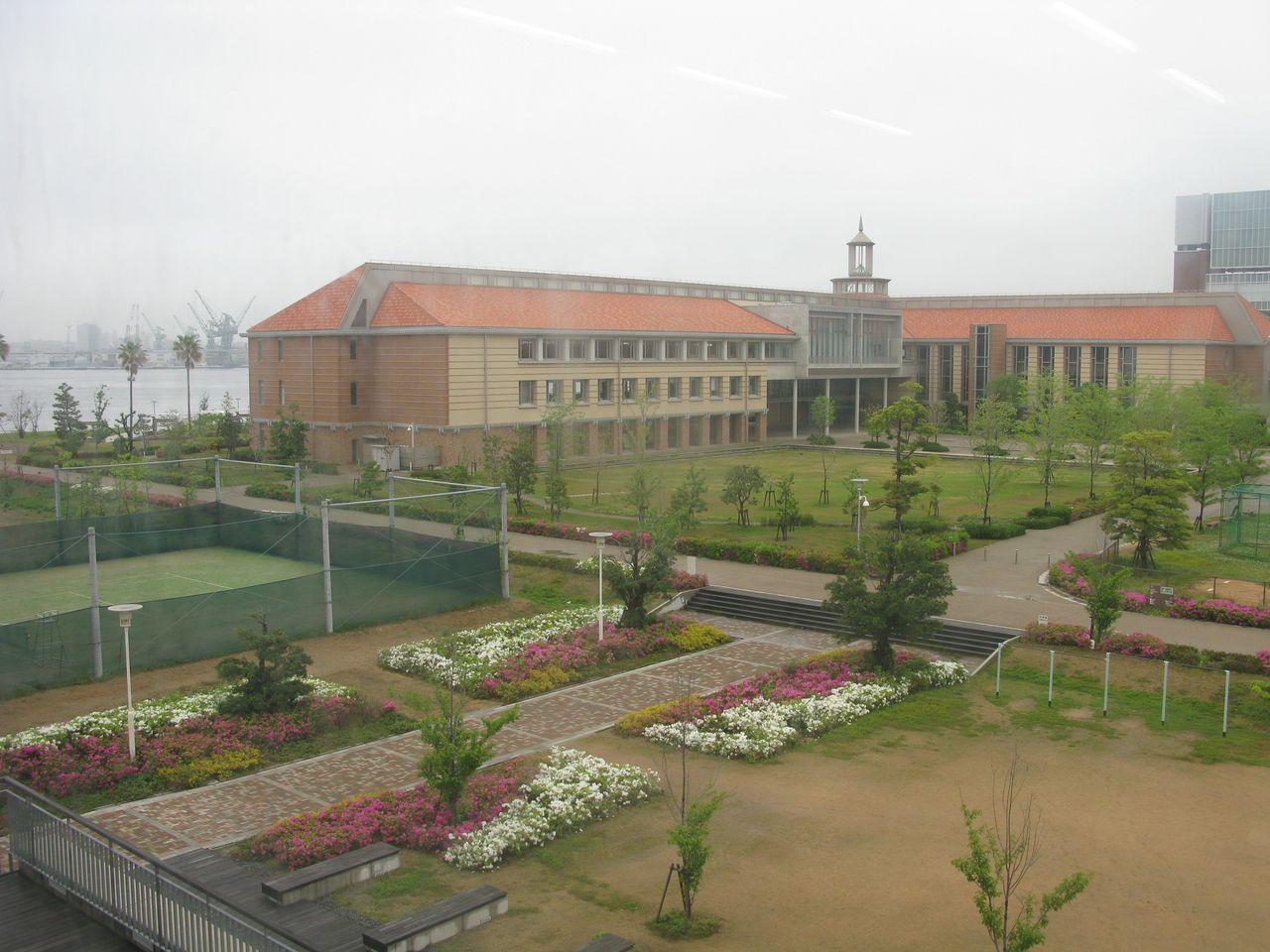 神戸夙川学院大学アロマテラピー講義・教室からの景色