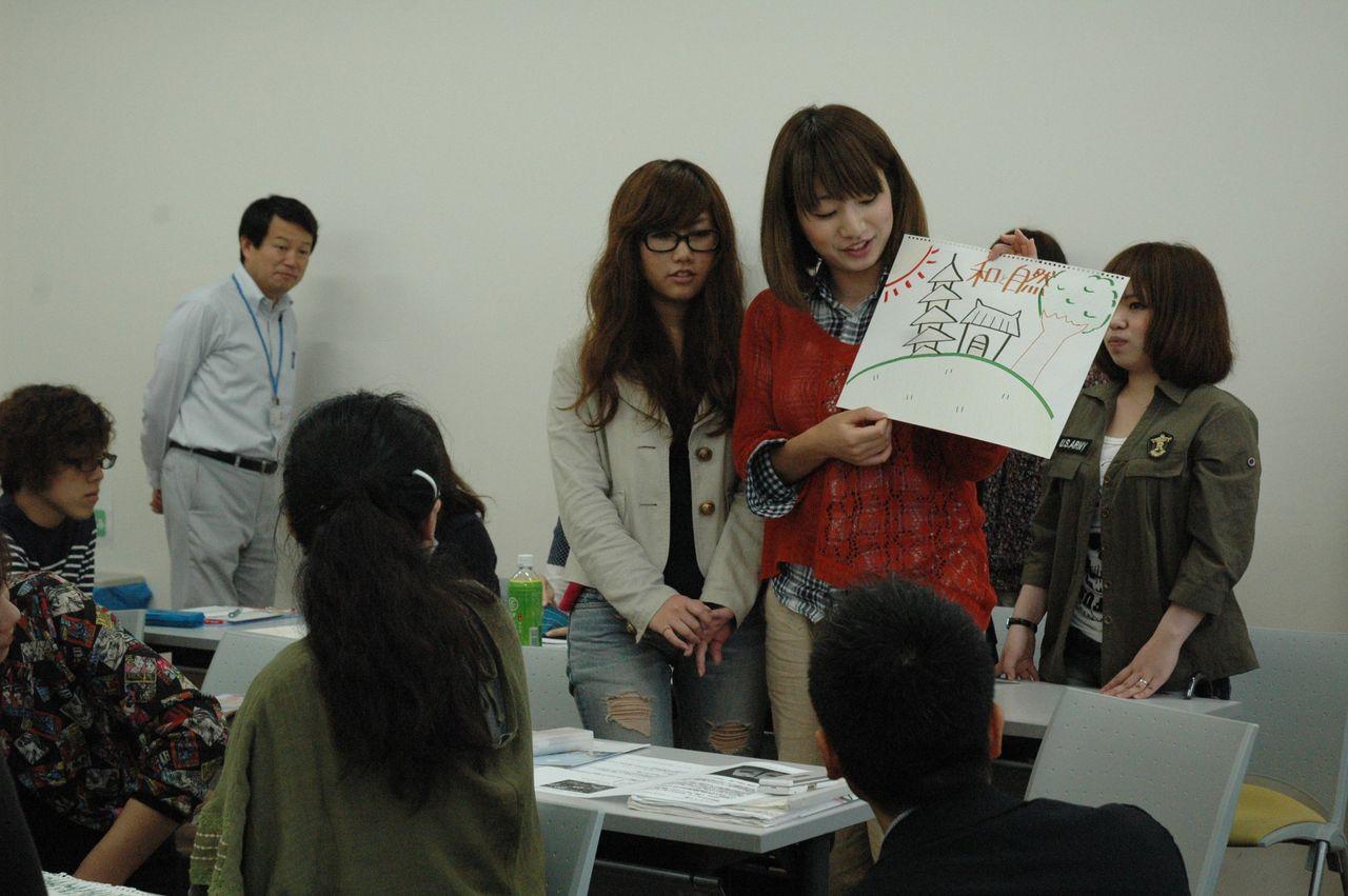神戸夙川学院大学アロマテラピー講義・なかなか頑張っとるなあ