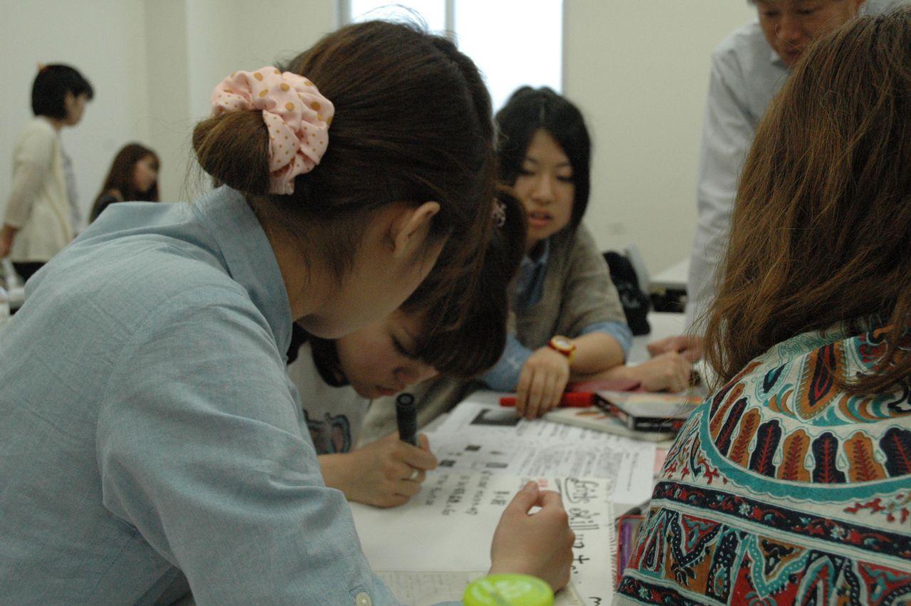 神戸夙川学院大学アロマテラピー講義・上手に描くなあ