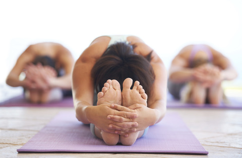 635918516178621665-2109175416_classes-yoga1