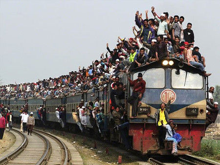 バングラディッシュ電車