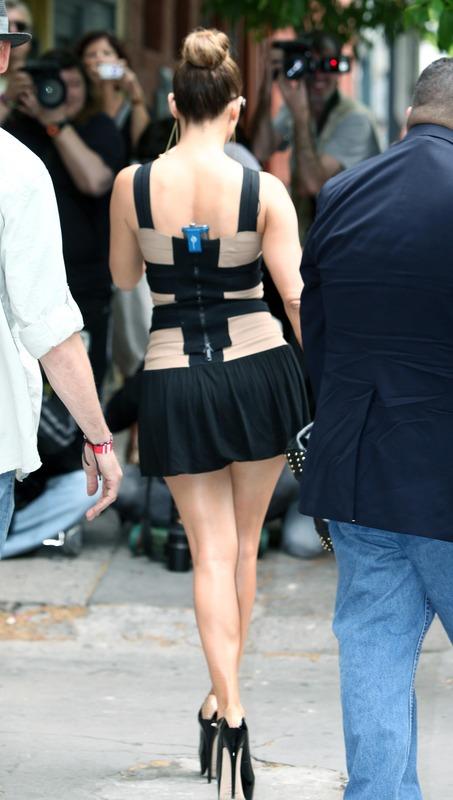 Jennifer Lopez - leggy, ... Lopez)に注目。←このミニスカをロー